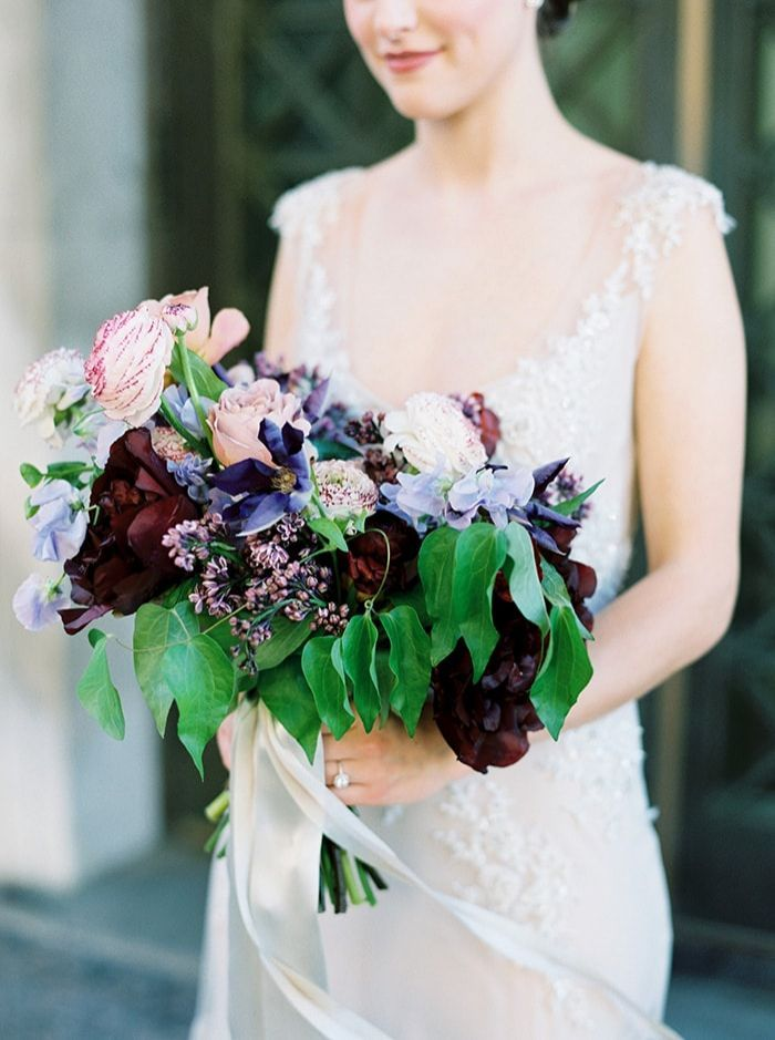 12-berry-toned-bridal-bouquet