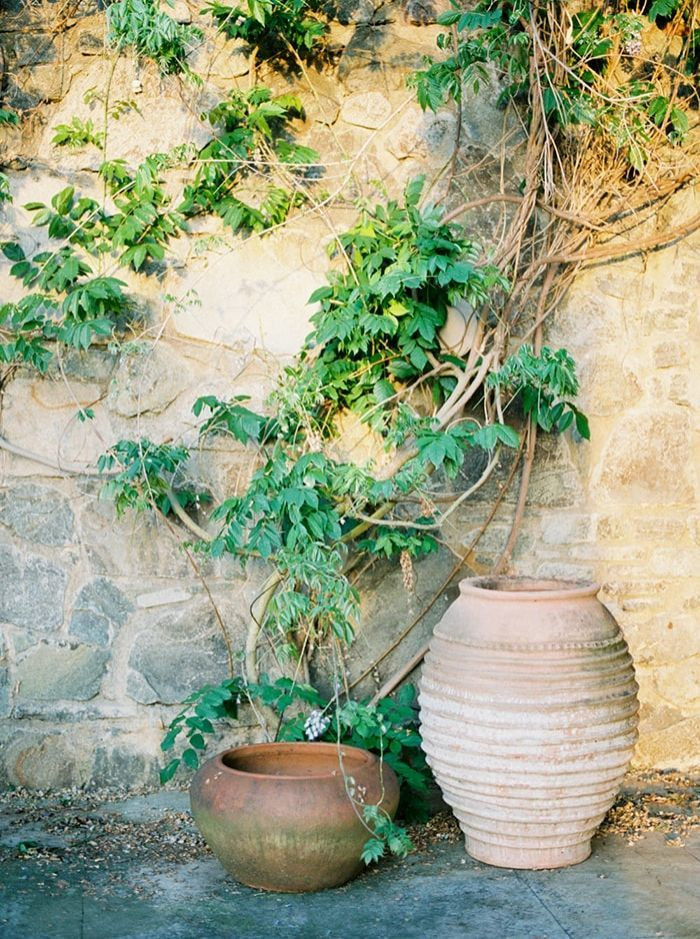13-rustic-pottery-wedding-venue