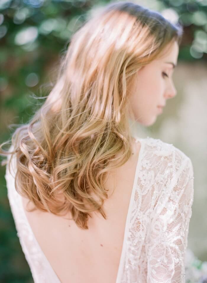 15-loose-natural-curls-hairstyle
