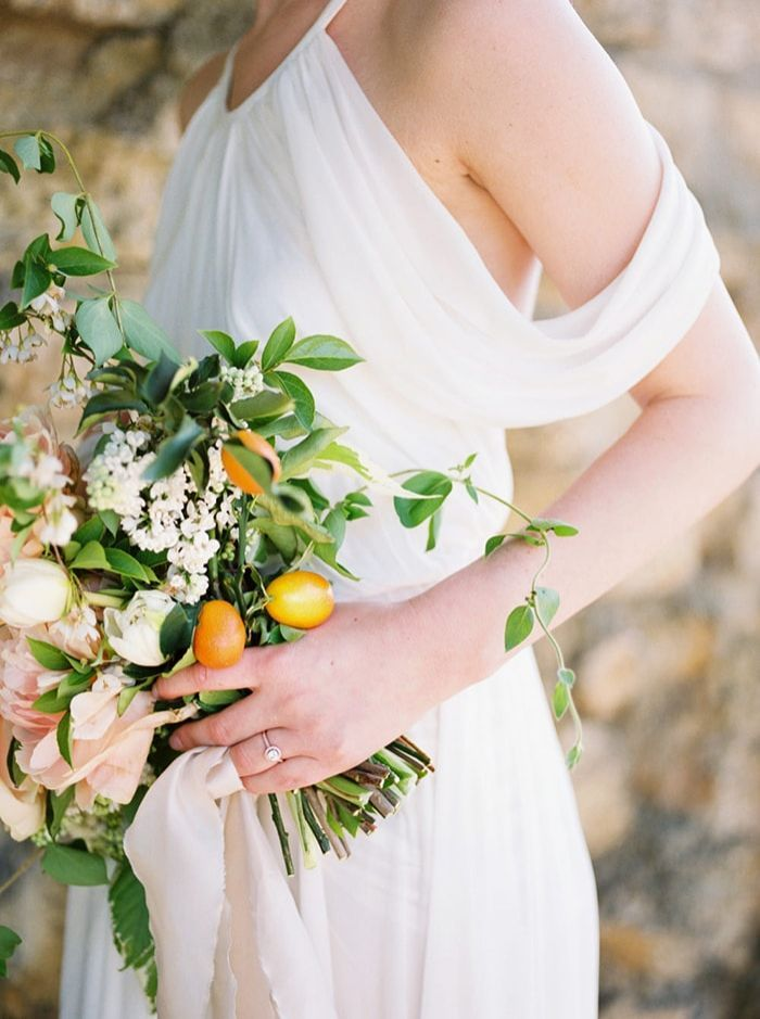 3-fresh-citrus-bridal-bouquet