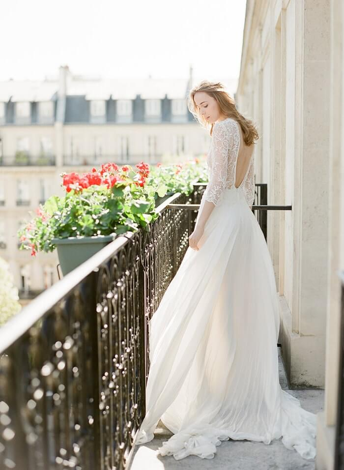 3-low back lace wedding-gown