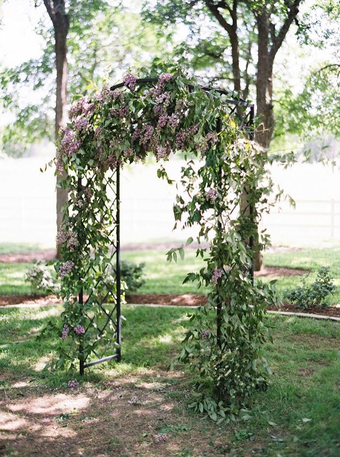 6-lilac-ceremony-arch