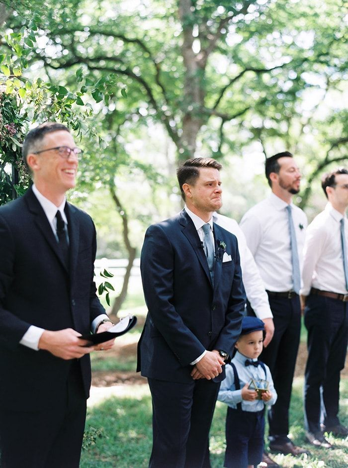 7-first-look-groom-moment