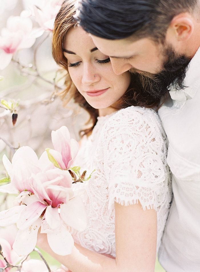 8-spring-engagement-shoot-ideas