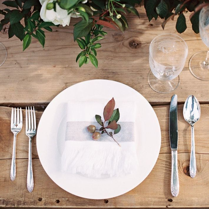 11-minimal-elegant-fall-table