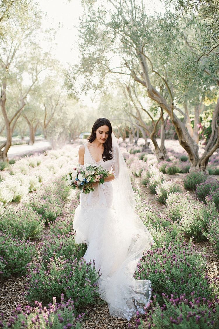 2-lilac-lavender-inspired-outdoor-wedding