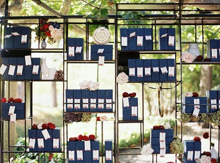 20-blue-red-escort-card-ideas