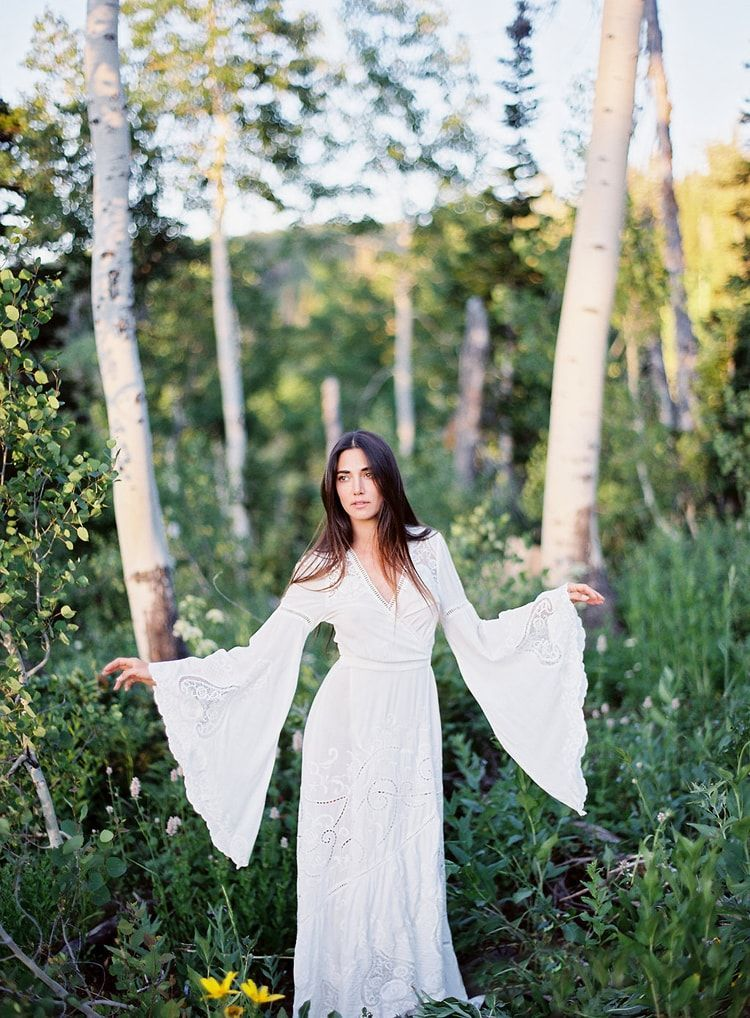 15-bohemian-white-engagement-dress