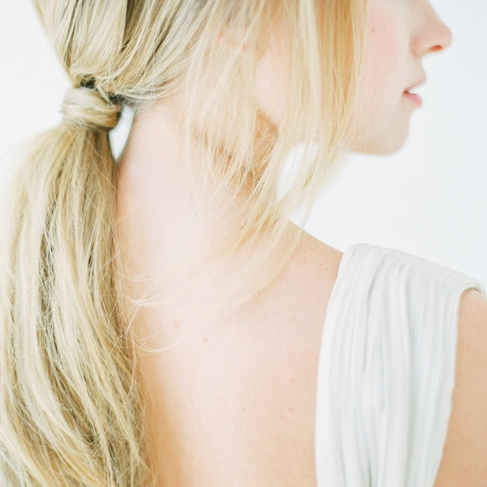 15-soft-low-ponytail-hairstyle