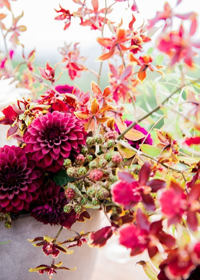 6-fall-wedding-flowers