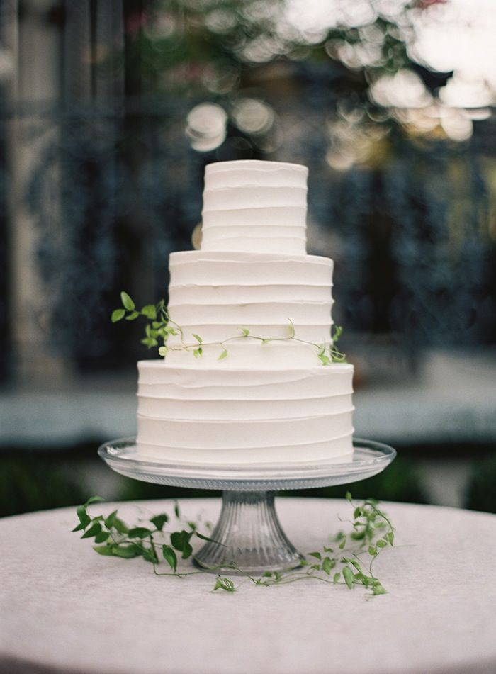 8-simple-white-3-tier-wedding-cake