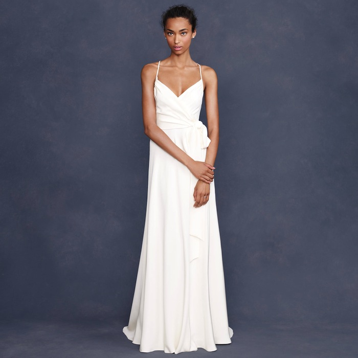 10 New Season Gowns for the Minimalist Bride