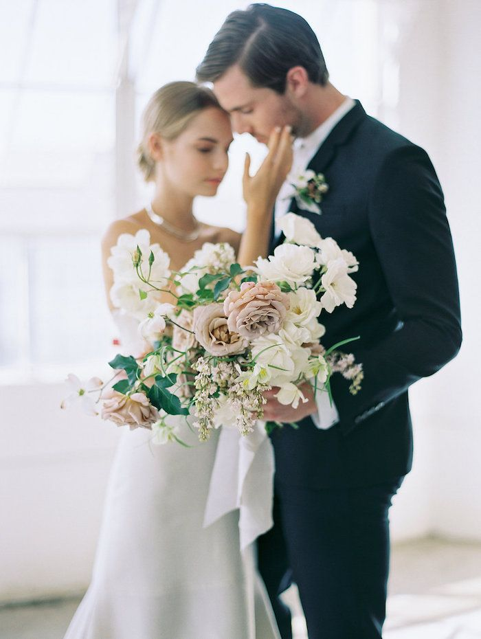 Modern Minimalist Wedding with Feminine Style