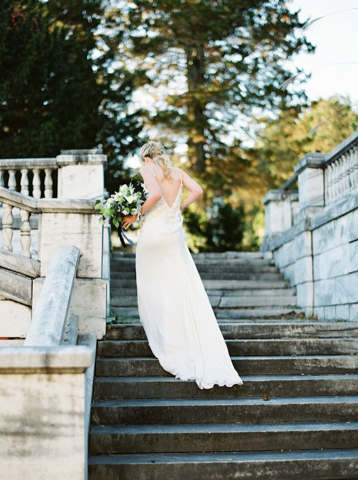 Bridal-Portraits-At-Swannanoa-Place-8
