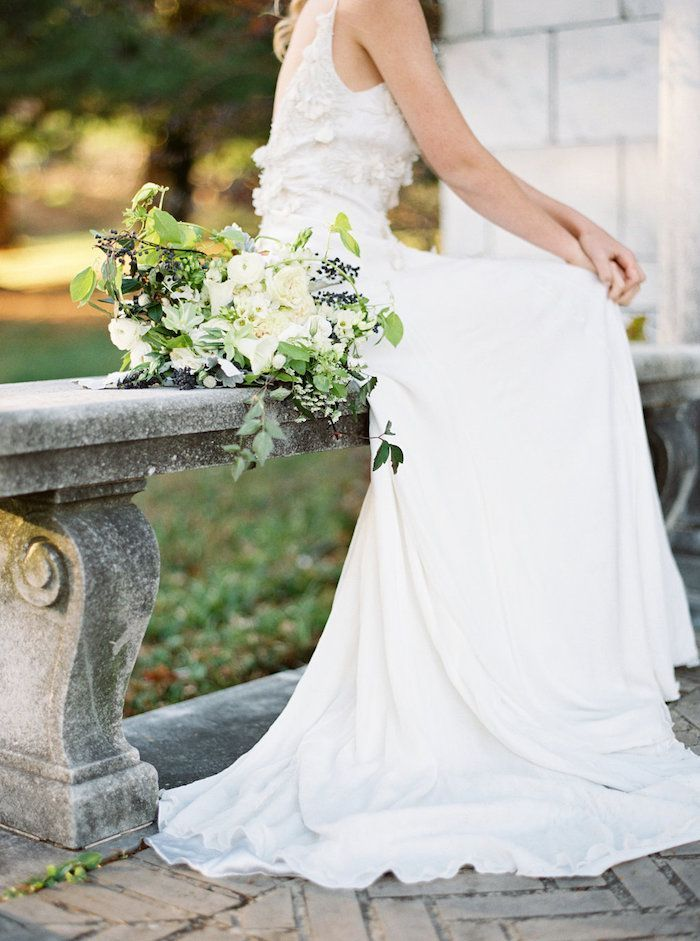 Bridal-Portraits-At-Swannanoa-Place-2