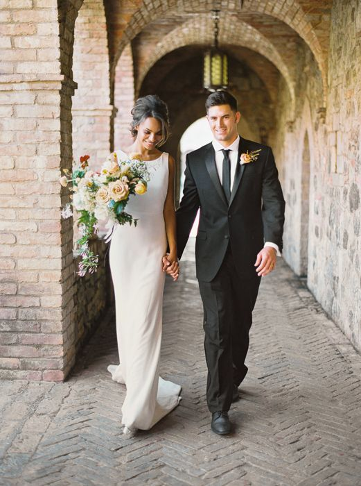 021@OutliveCreative_Destination_Wedding_Tuscan_Castle