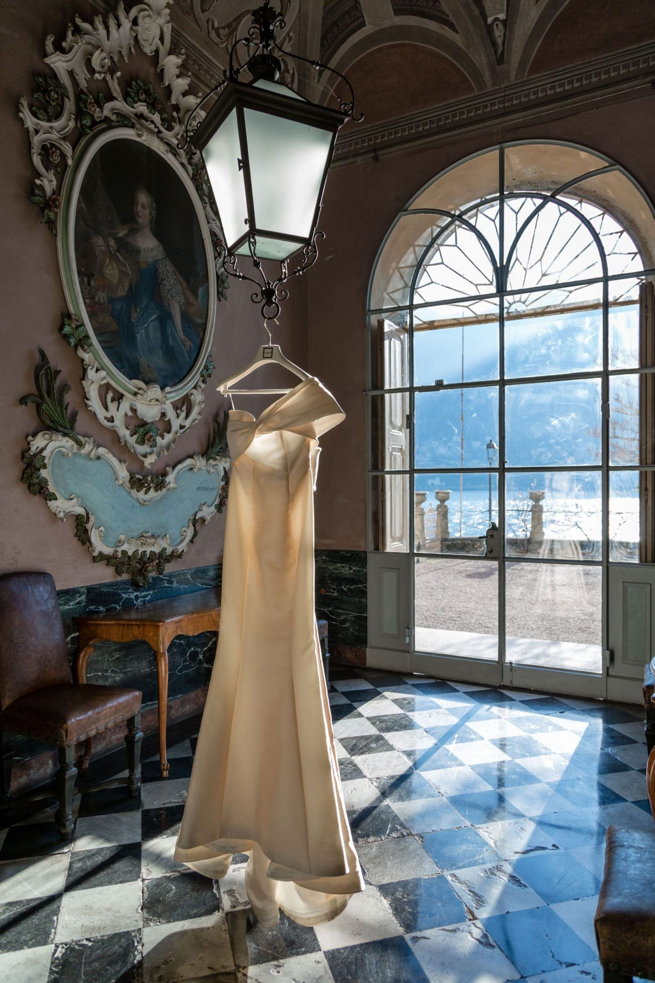 wedding_lake_como_dress-5-min