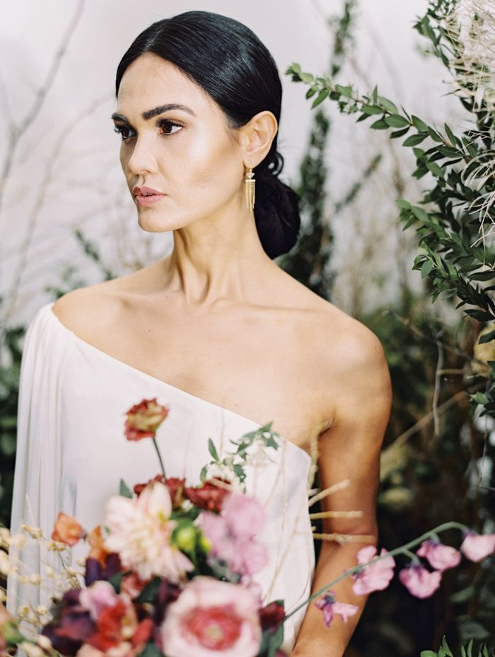 modern runway wedding inspiration 24