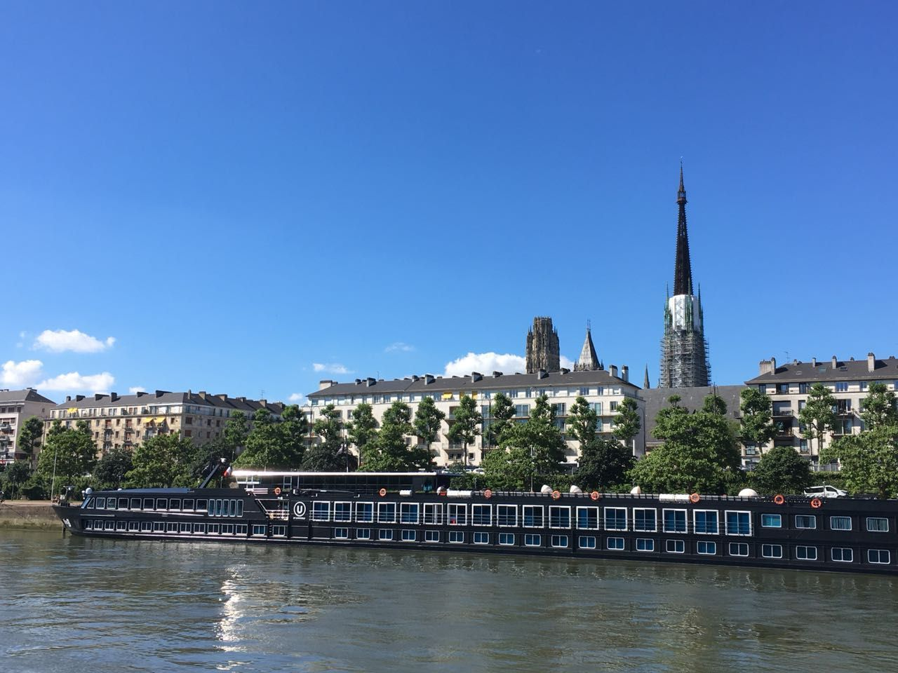 Honeymoon With U By Uniworld On A Seine River Cruise In France