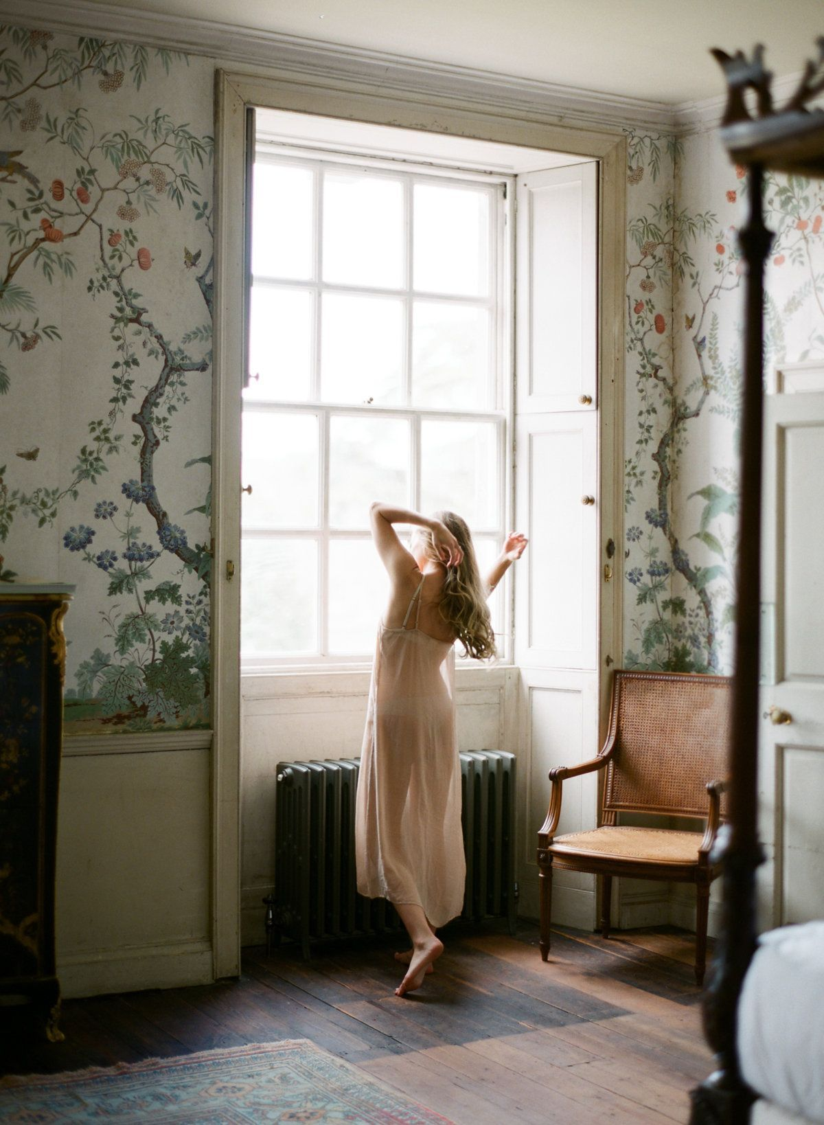 Intimate Couple Shoot at St. Giles House in England