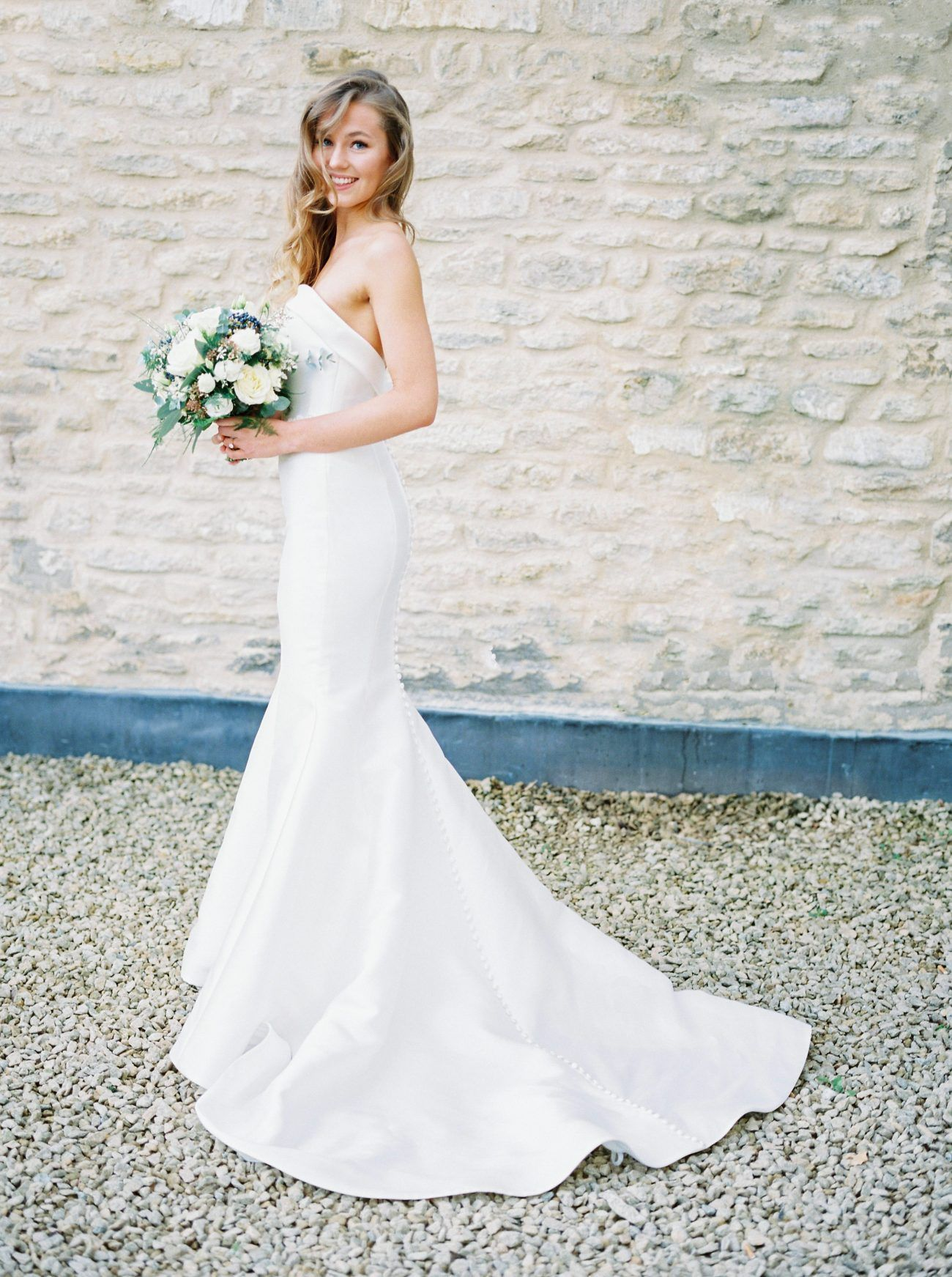 A Warm Winter Wedding In The Cotswolds