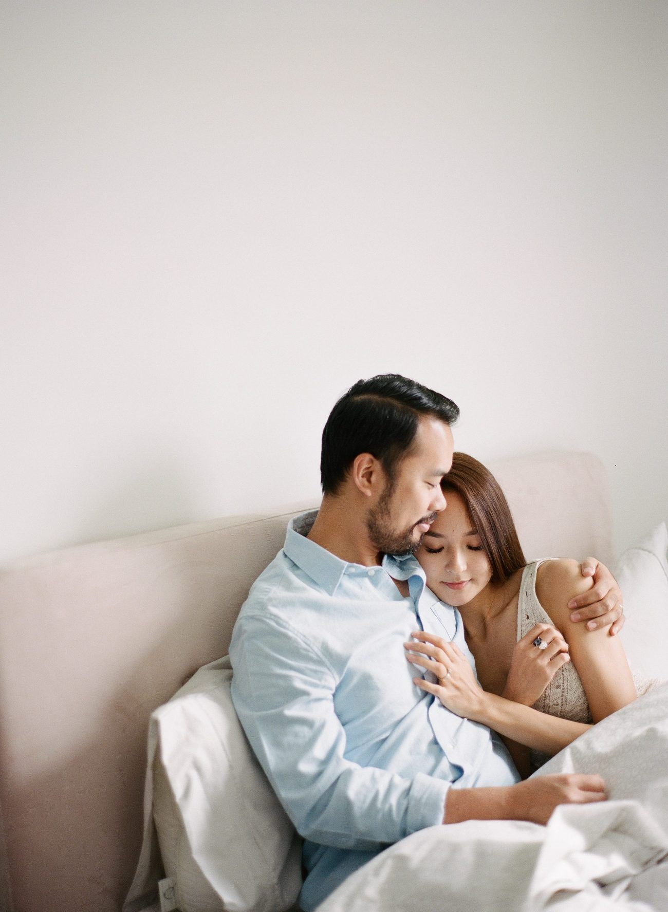 Jenny-Liu-Photography-Intimate At-Home-Couple-Session-13