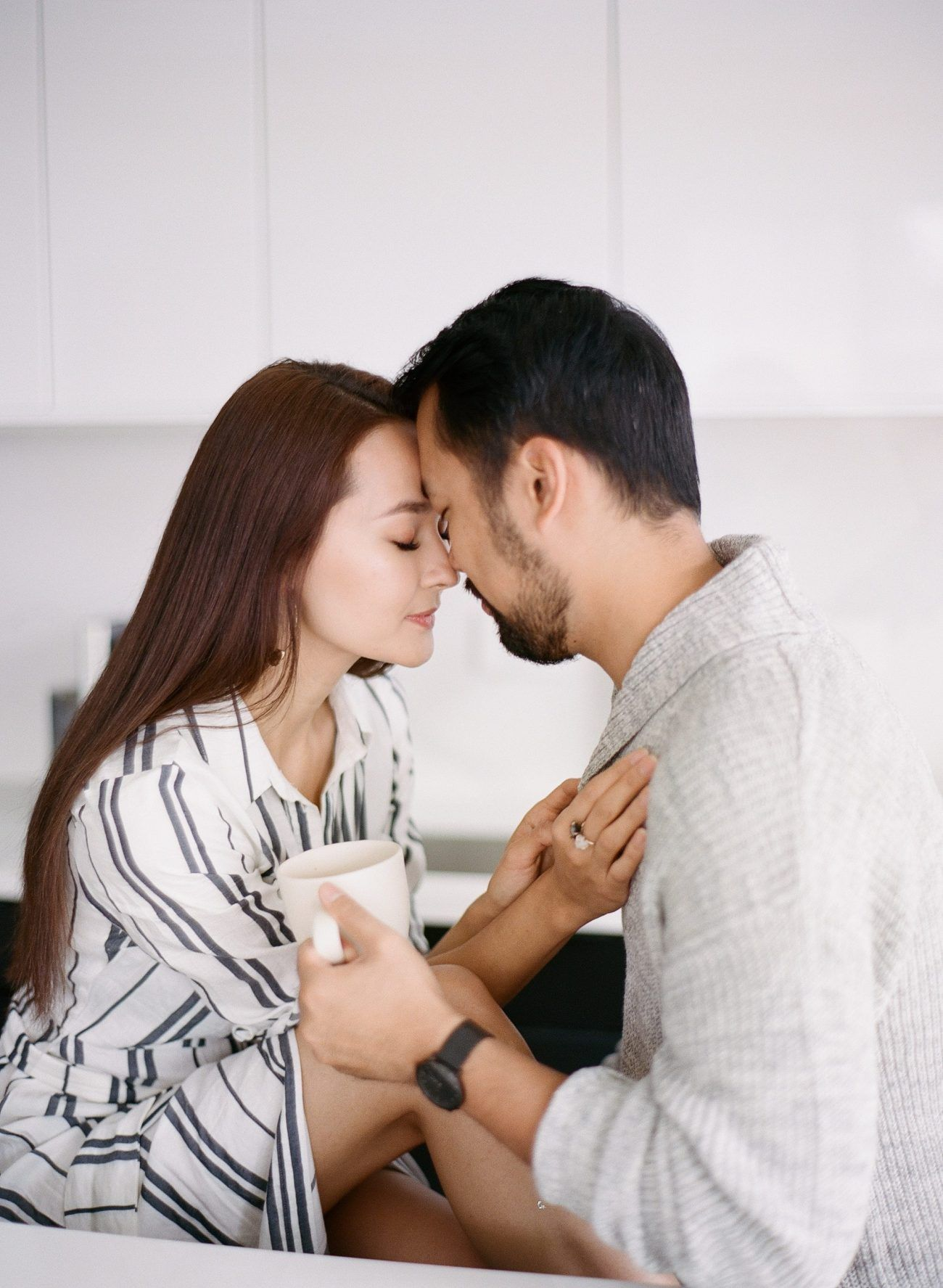 Jenny-Liu-Photography-Intimate At-Home-Couple-Session-15
