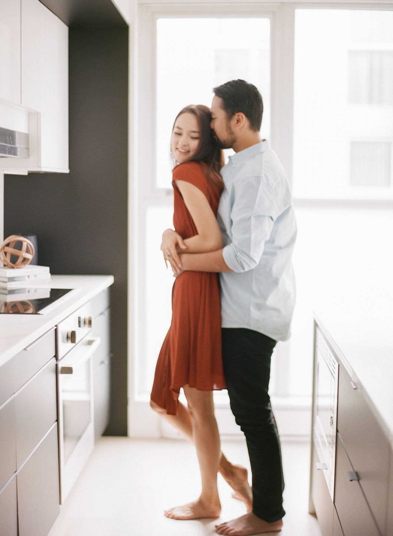 Jenny-Liu-Photography-Intimate At-Home-Couple-Session-24