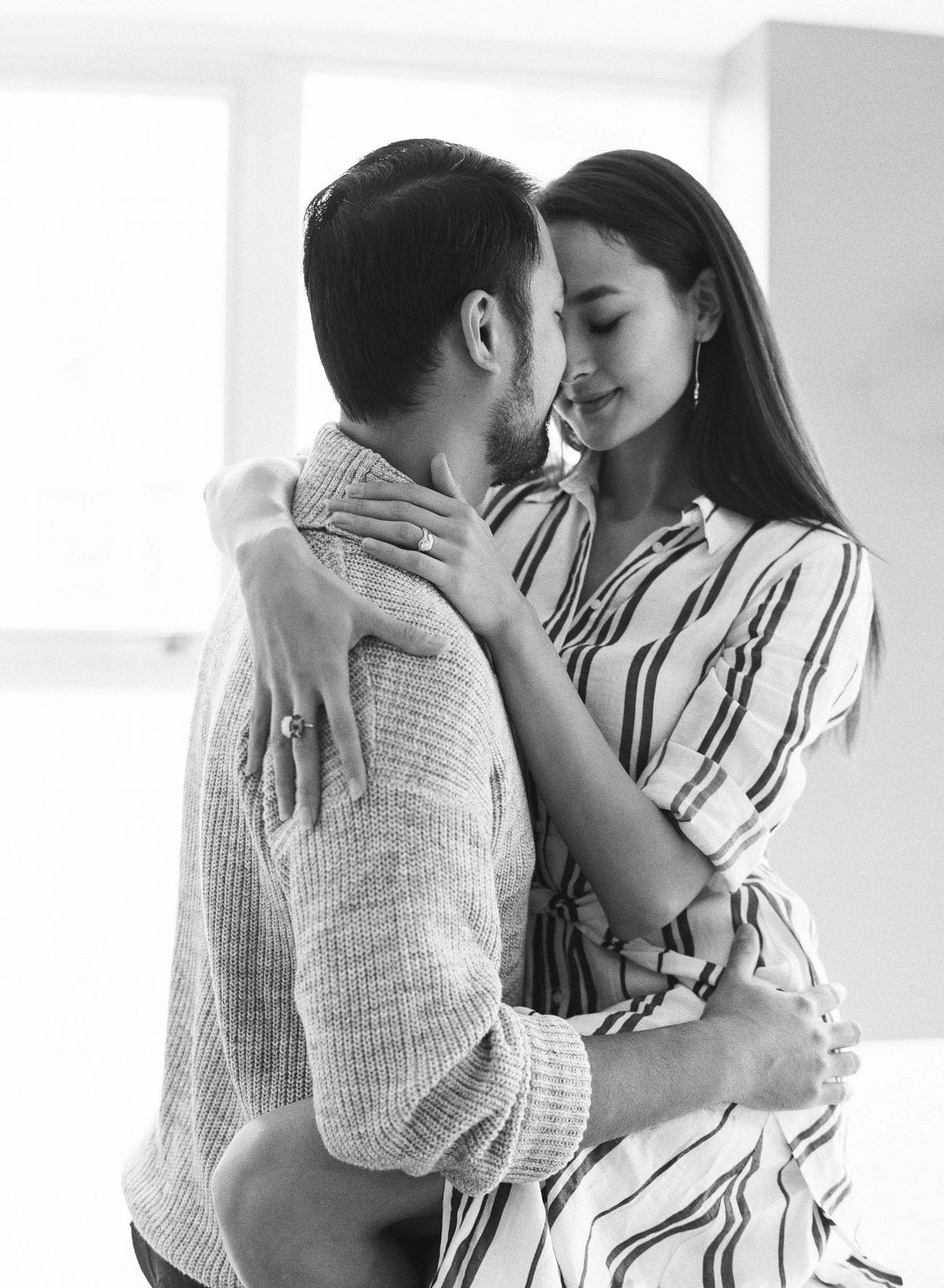 Jenny-Liu-Photography-Intimate At-Home-Couple-Session-3