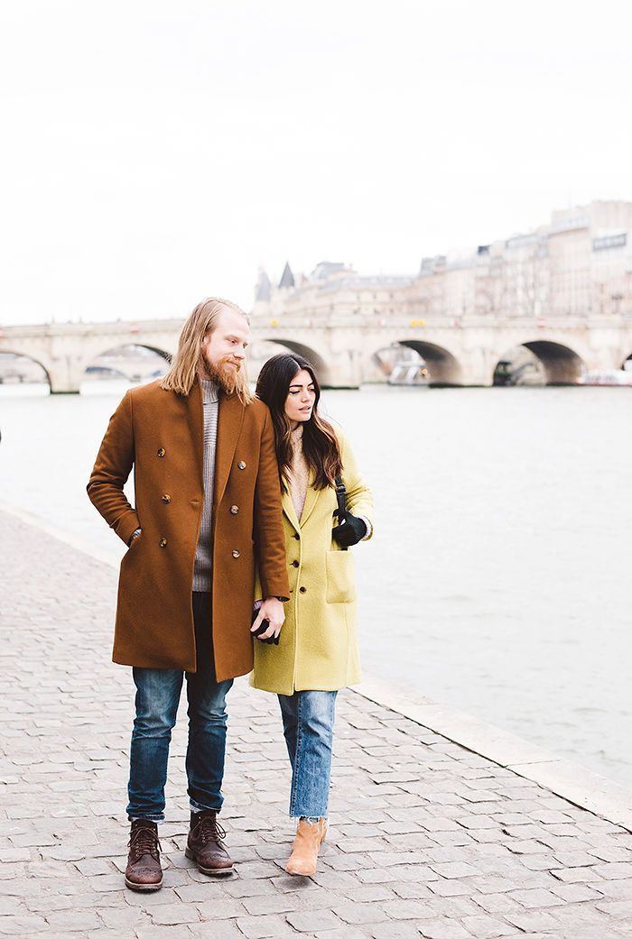 Celebrating 8 Years of Marriage in Classic Style While Strolling Through the City of Love