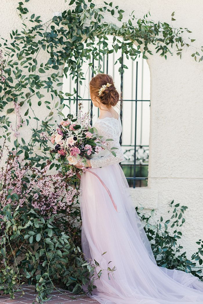 Whimsical Mauve and Ivory Spring Bridal Inspiration With Gold Accents and Handcrafted Hairpieces