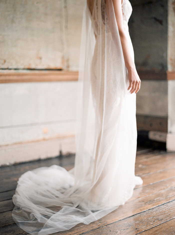 Claire-Brown-Photography-Romantic-Elegant-Bridal-Editorial-03