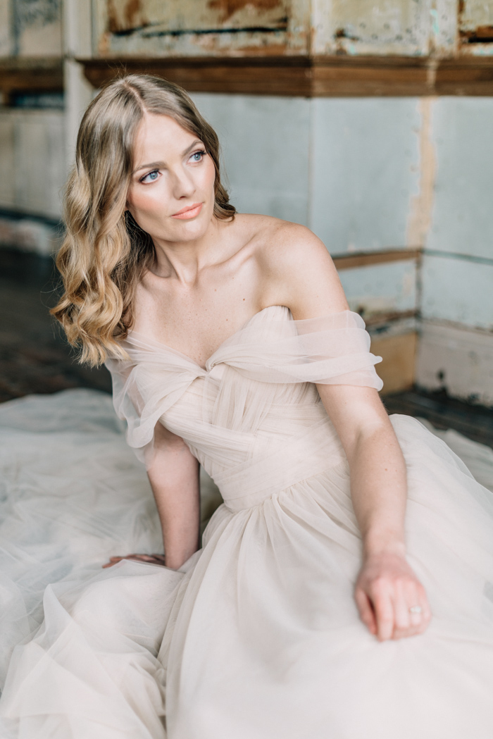 Claire-Brown-Photography-Romantic-Elegant-Bridal-Editorial-16