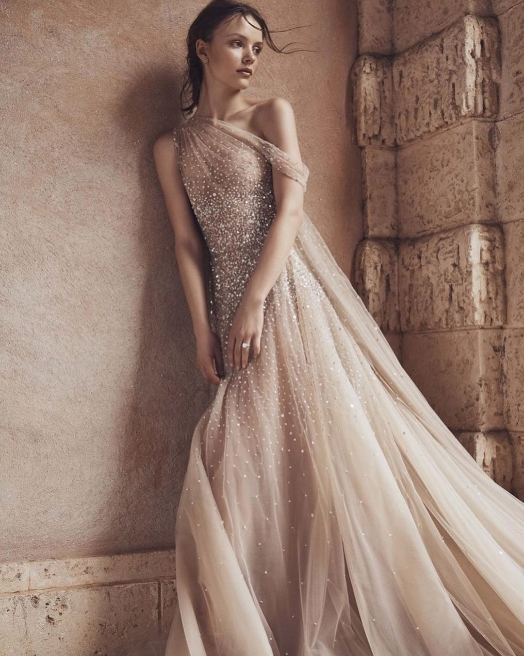 8 Spring 2020 Wedding Dress Trends We Can T Get Enough Of