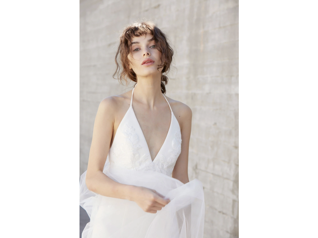 Sample Amsale Olivia wedding dress